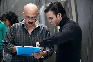 Vivek Oberoi with Rakesh Roshan on Krrish 3 Shooting Set