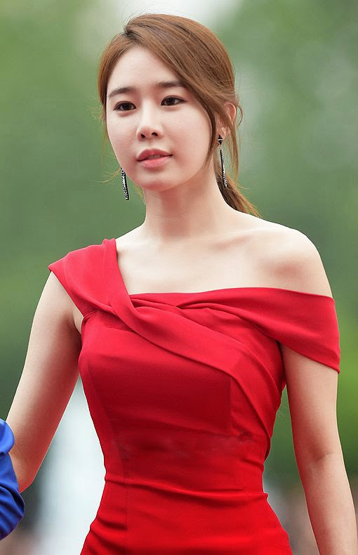 Yoo In-na (유인나) at the 18th Puchon International Fantastic Film Festival (PiFan) 2014