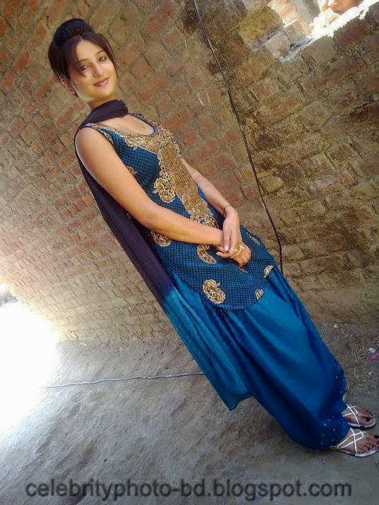 Beautiful+and+Smart+Desi+Girls+Personal+Secret+Photo+Hd+Collection001