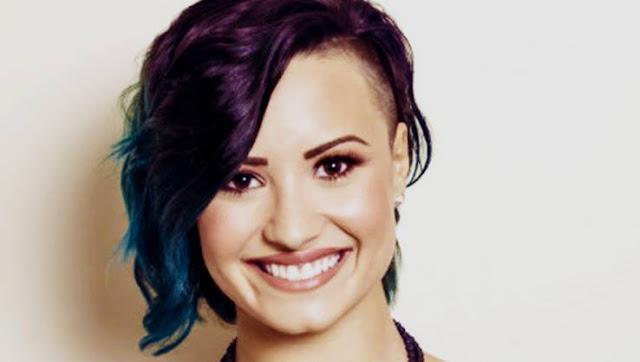 Demi Lovato reveló la lista de las canciones de su quinto álbum en Twitter.