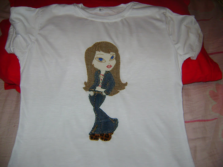 Camiseta bordado Bratz