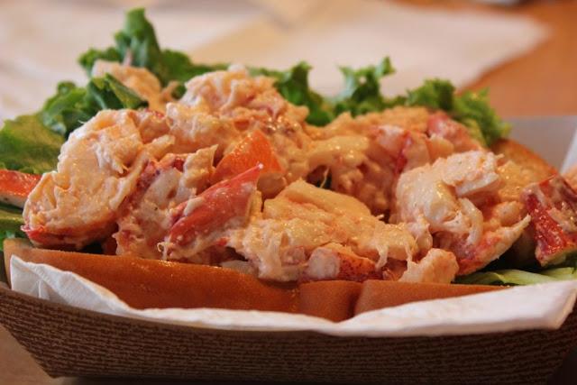 lobster roll white cedar inn