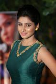 Shamili beautiful photos in green-thumbnail-11