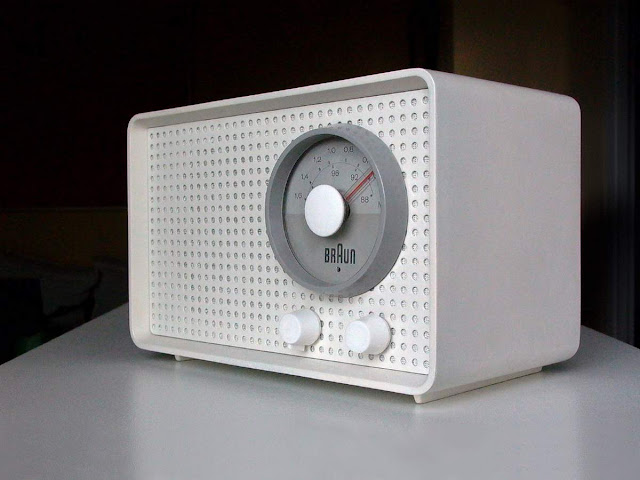 "Rádio Braun modelo ""SK 2"""