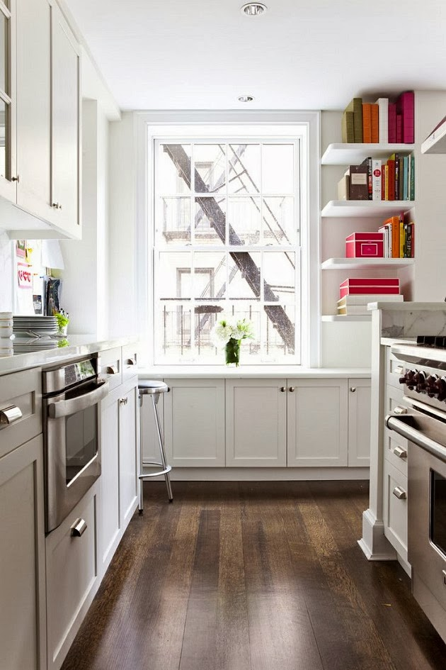 Savor home a quaint kitchen links for Quaint kitchen designs