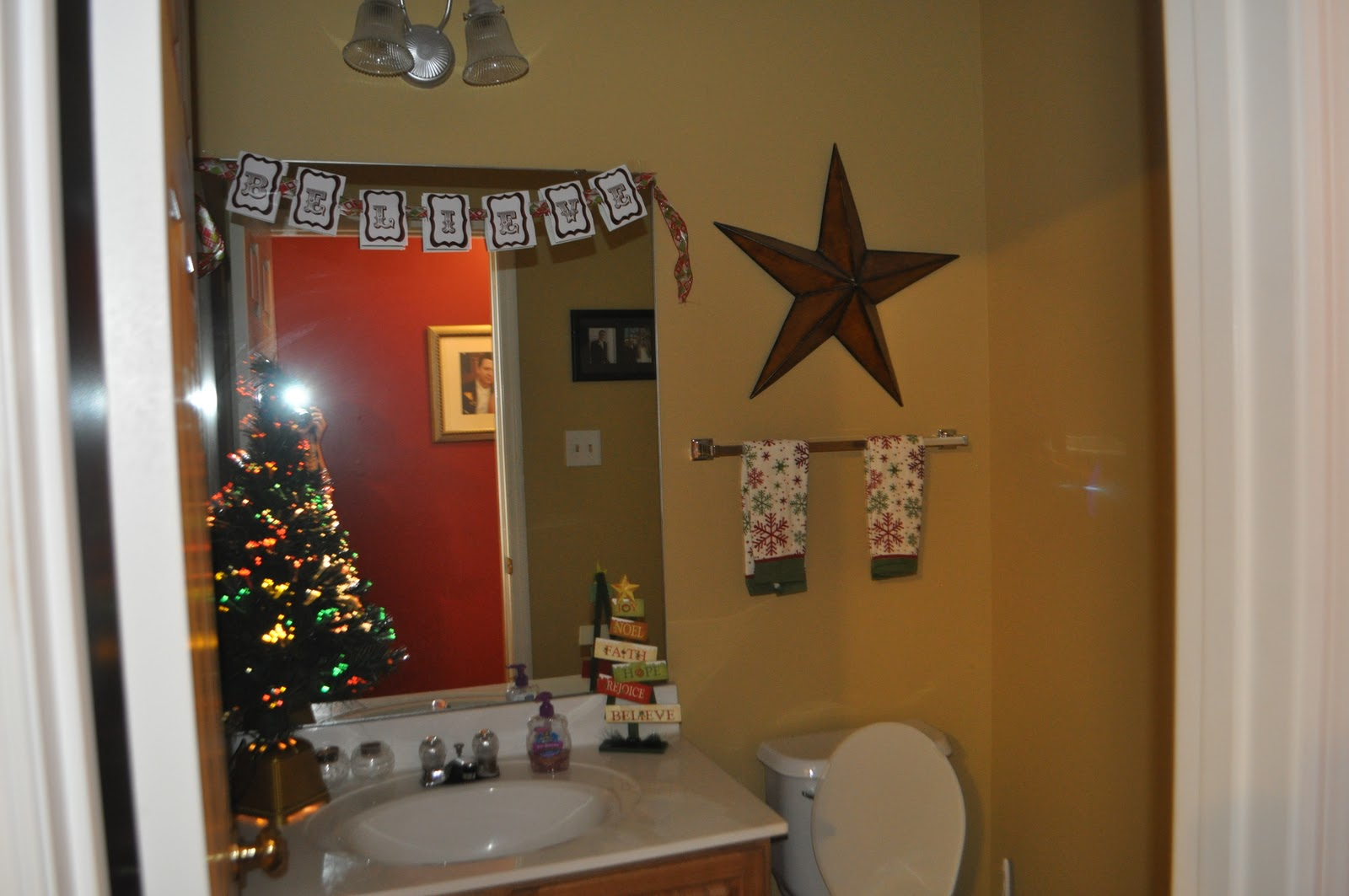 Party of 5: Christmas Decorations 2011