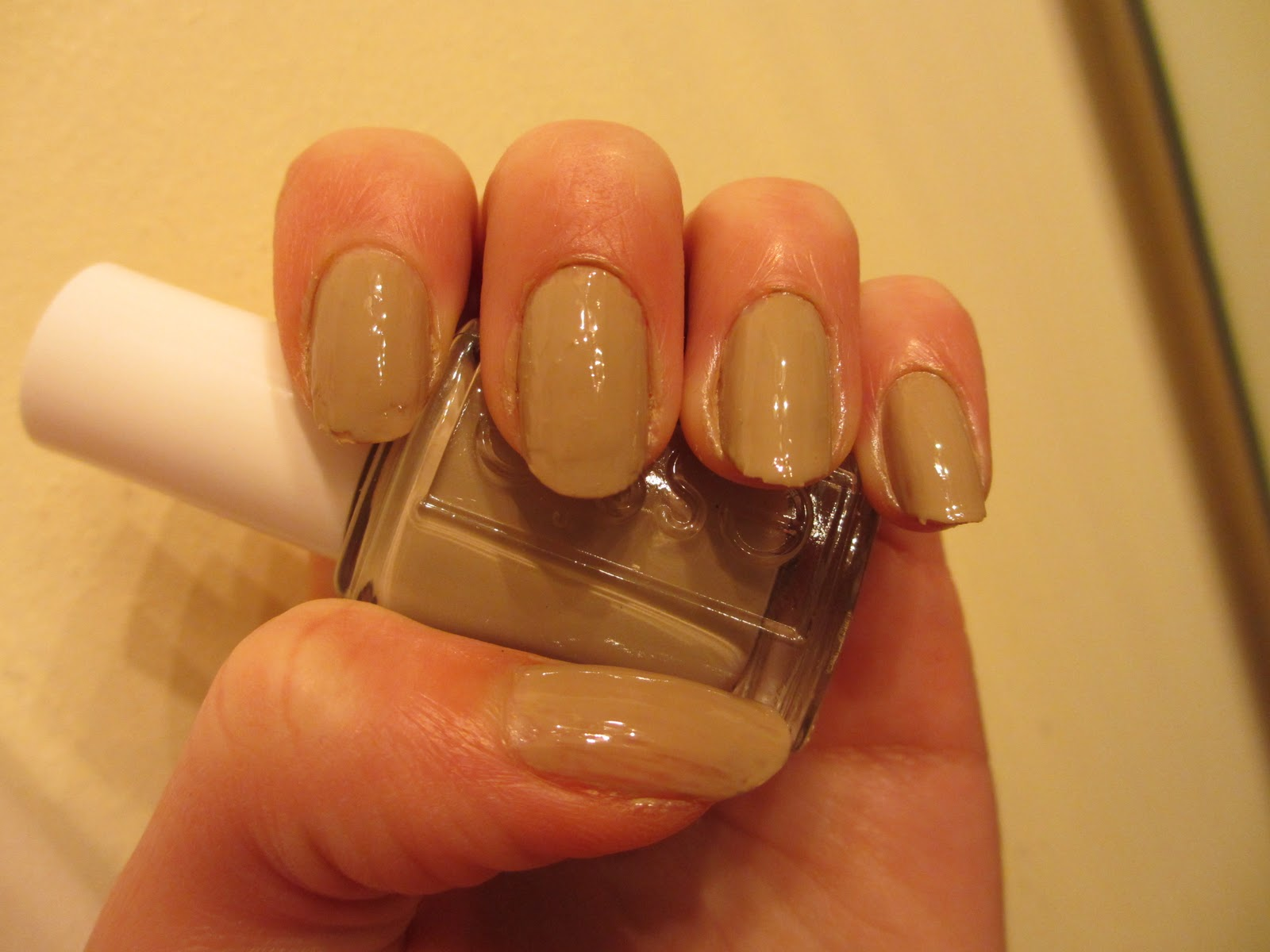 Essie Nail Color Jazz - To Bend Light