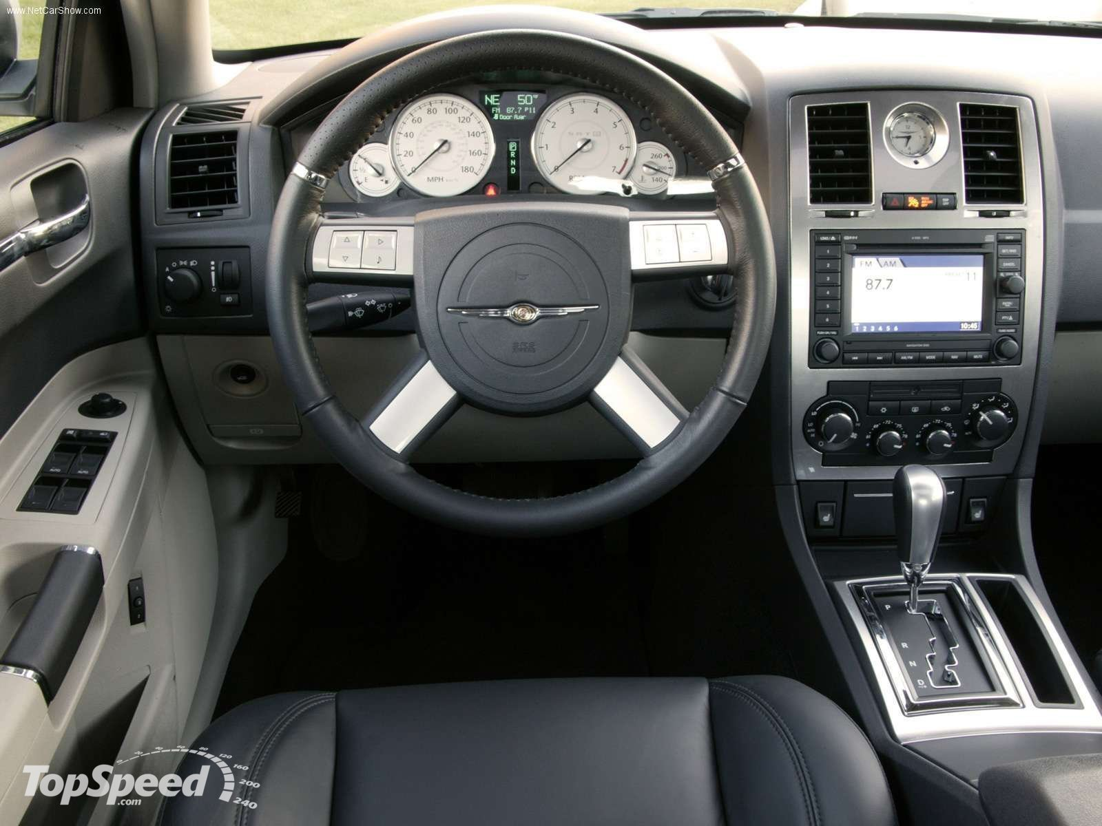 2005 Chrysler 300C SRT 8 RA-Interior View