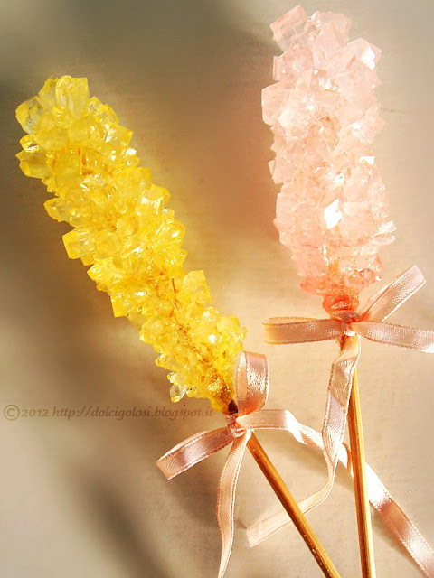 Dolci golosità: Candy rock lecca lecca di zucchero candito