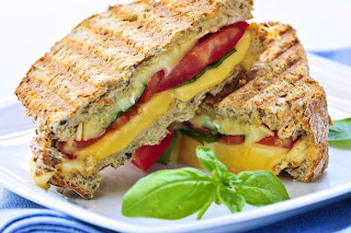Grilled tomato, roasted pepper & cheese sandwich