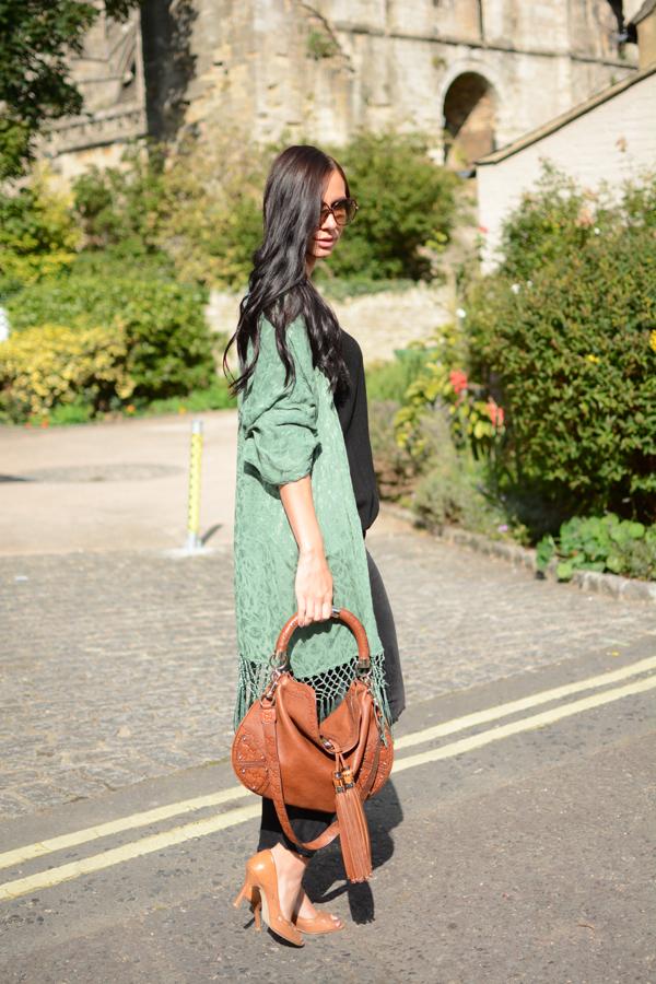 LamourDeJuliette_Kimono_Cashmere_Autumn_Winter_Outfits_Deutscher_Modeblog_Germanf_FashionBlog_01111