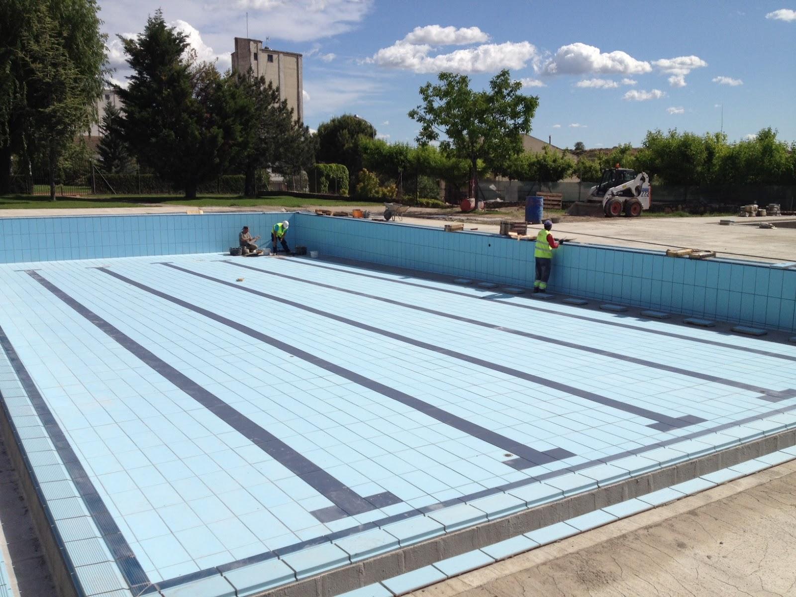 Gres porcelanico para piscinas good pavimento gres for Gres para piscinas