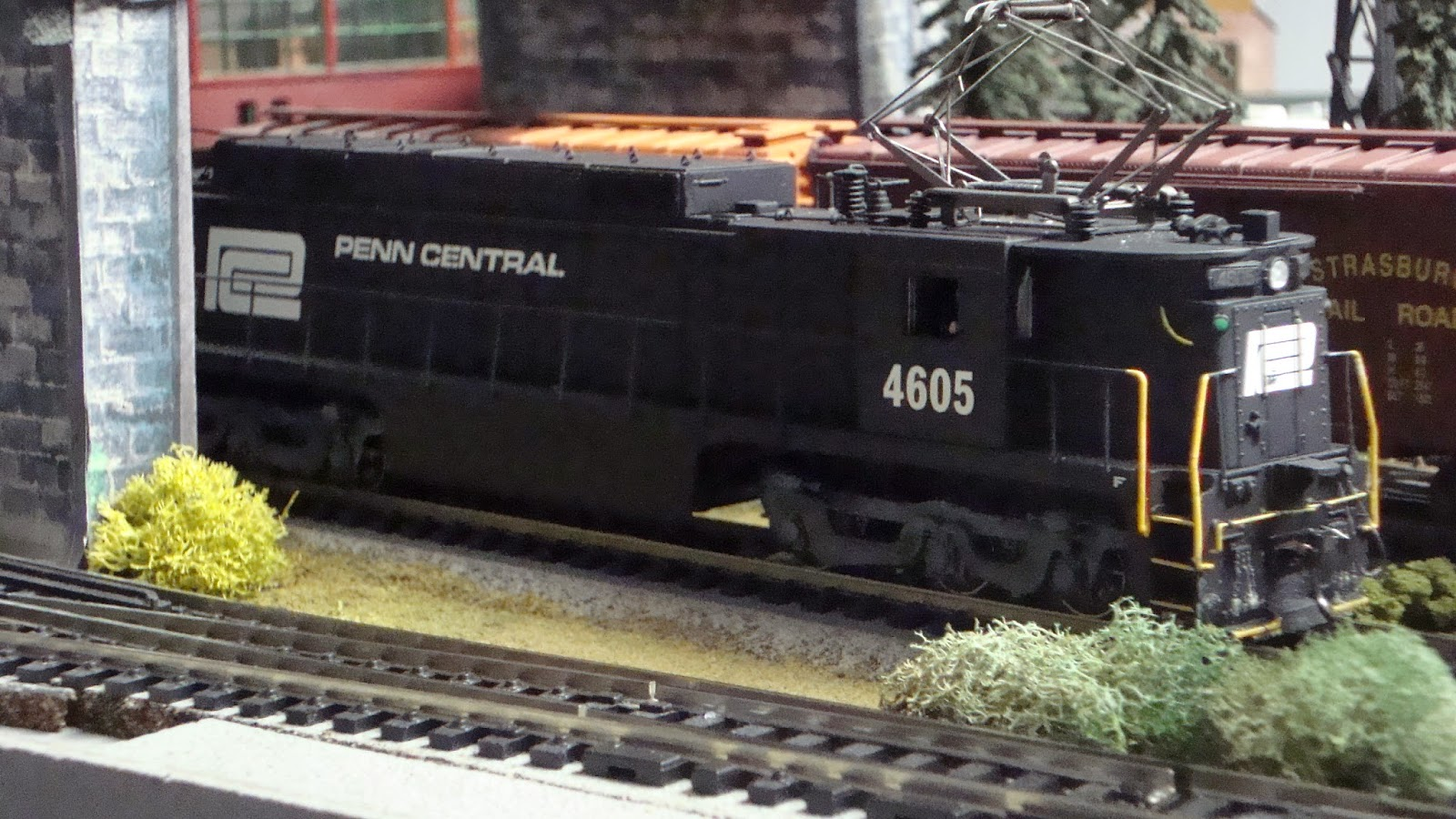 New york central train layout running the brick for New penn motor freight tracking