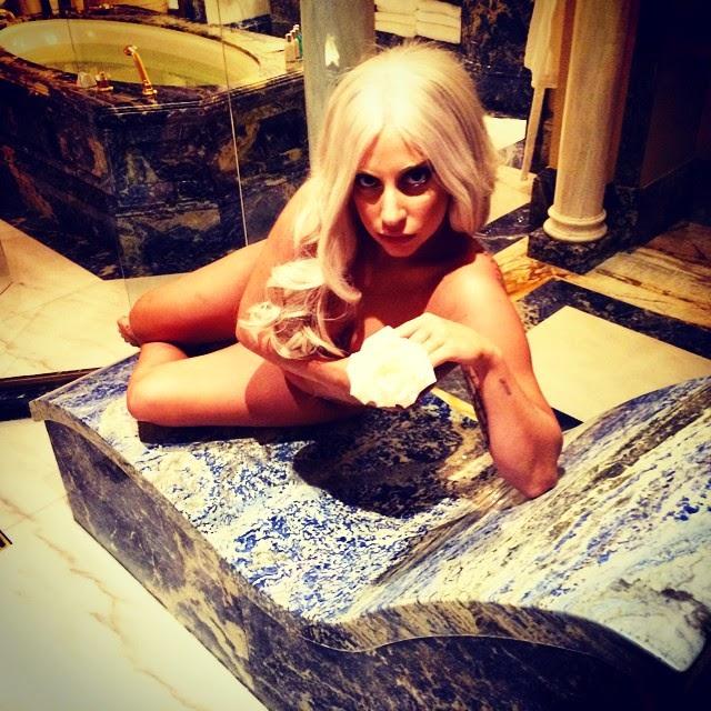 ¿Quieres ver a Lady Gaga nuevamente desnuda?