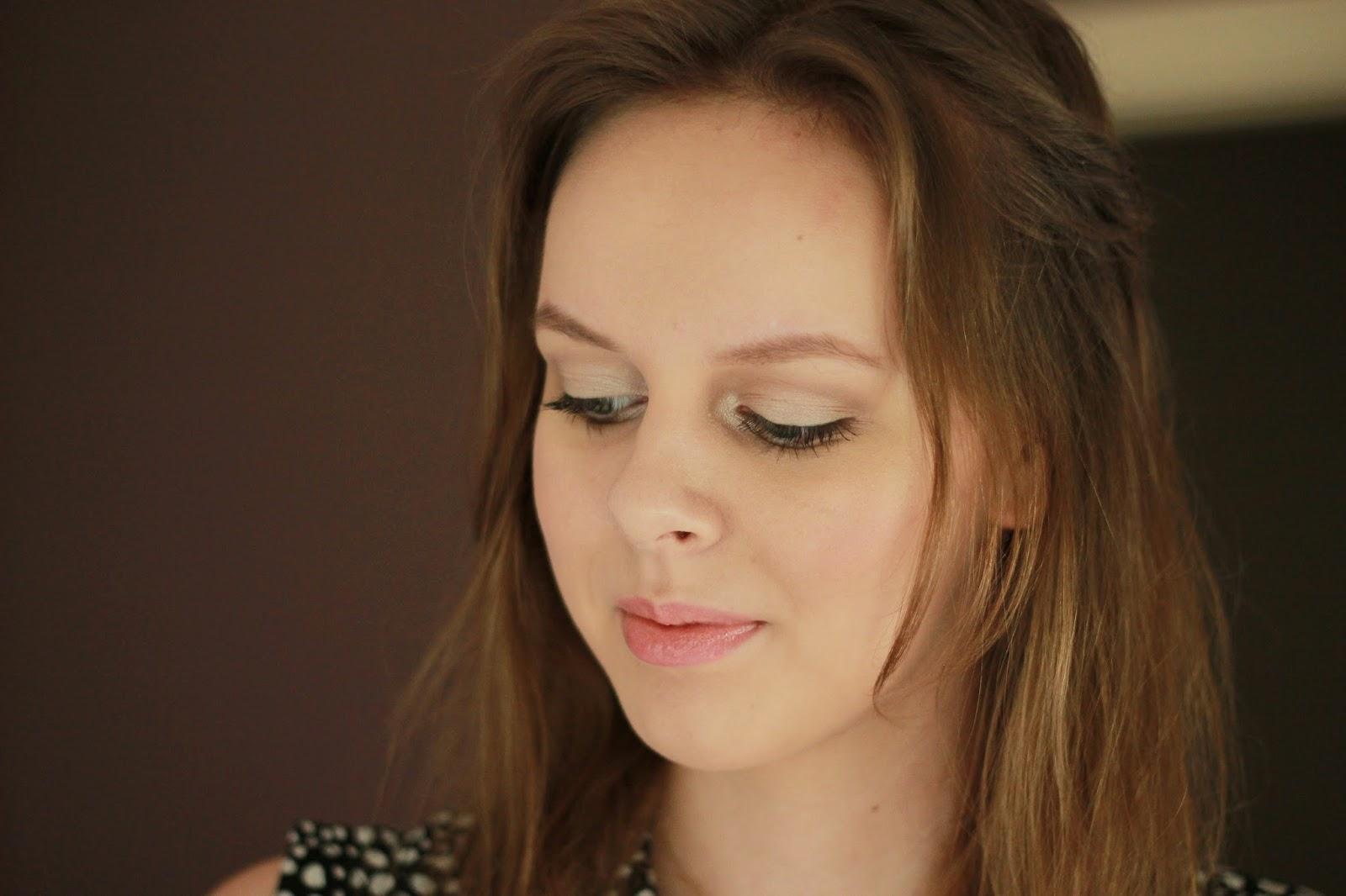celebrity inspired make-up look Blake Lively