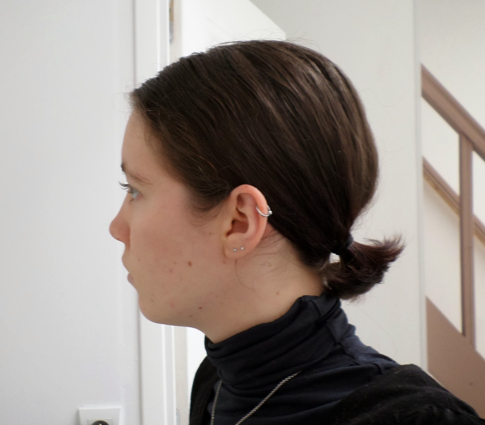 les carnets de tin viel tutoriel se couper les cheveux au carr plongeant toute seule. Black Bedroom Furniture Sets. Home Design Ideas