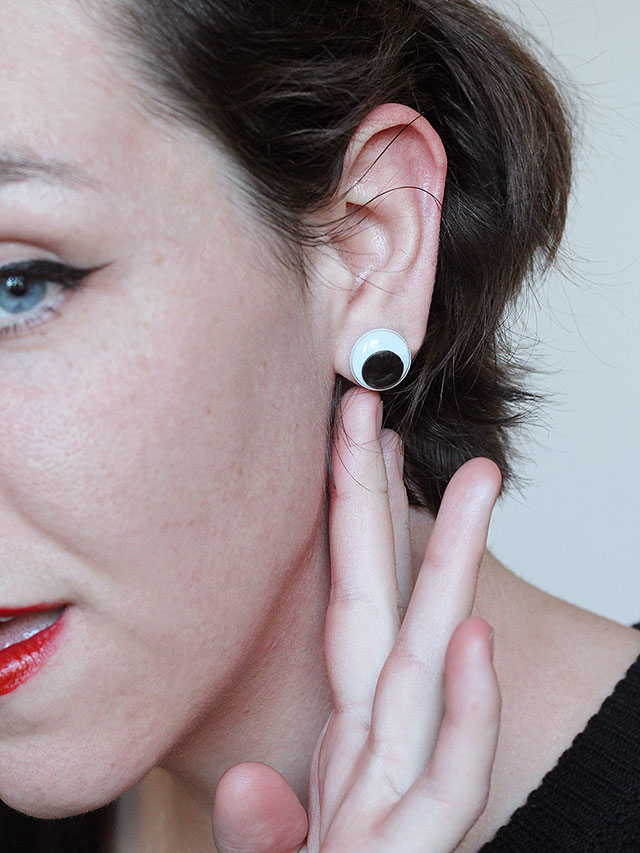 Watch out! These googly eye earrings are simple to make for a last-minute Halloween look