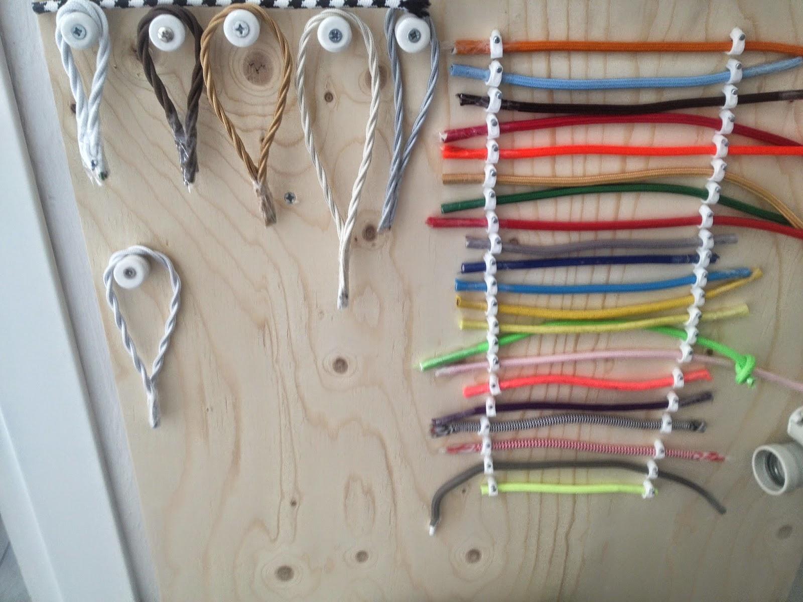 Fili Colorati Per Lampadine: Lampade con filo colorato e creativo lampadario portalampada m.
