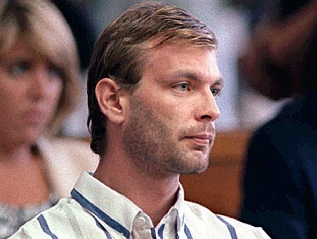 Jeffrey Dahmer pembunuh bersiri