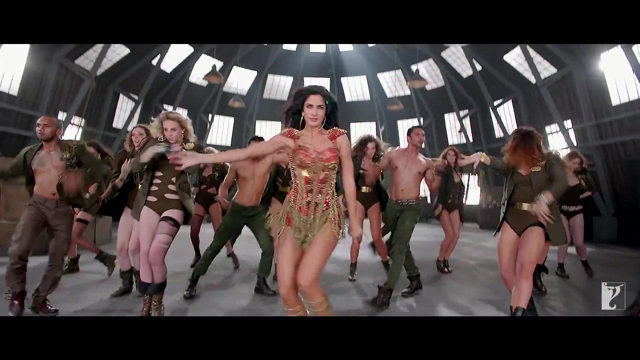 Katrina Kaif hot legs,