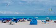 THE BEAUTIFUL LADIES OF OCEAN DRIVE IN SOUTH BEACH, FLORIDA (jlb )