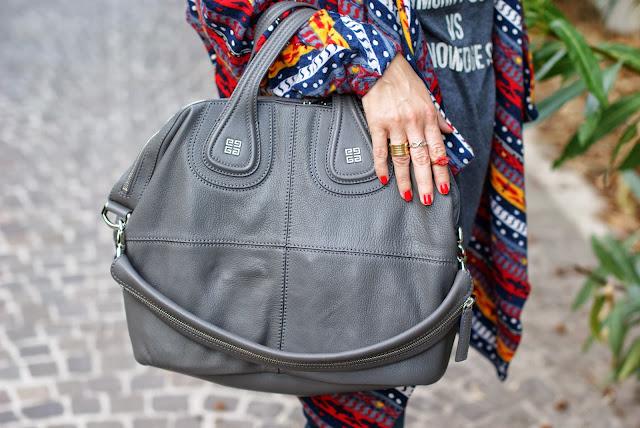 Givenchy Nightingale grigia, Grey Givenchy Nightingale, BVLGARI BZero ring, Fashion and Cookies, fashion blogger