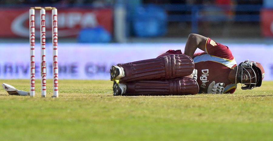 Dwayne-Bravo-West-Indies-vs-India-Tri-Series-2013