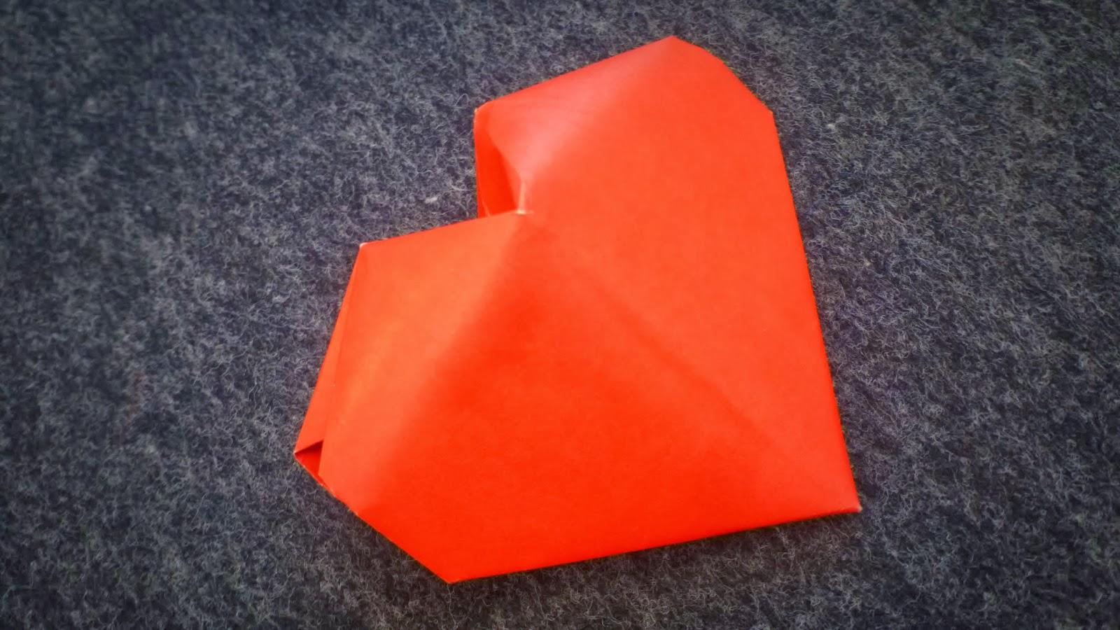 tutoriel origami coeur 3d. Black Bedroom Furniture Sets. Home Design Ideas