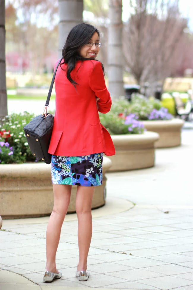 business casual wear blazer dress office look with flats
