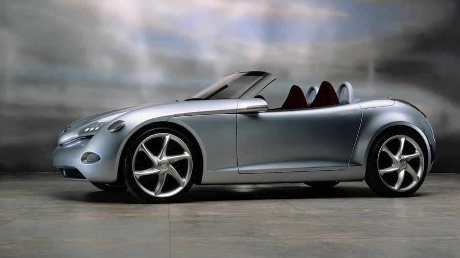 メルセデスSLKやアウディTTよりも小さなスポーツカーが計画とのウワサ