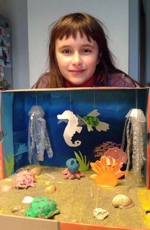 Earthlab design kid 39 s craft project underwater habitat for Habitat container