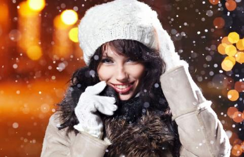 How To Enjoy The Holidays When You're Single - woman girl ice snow
