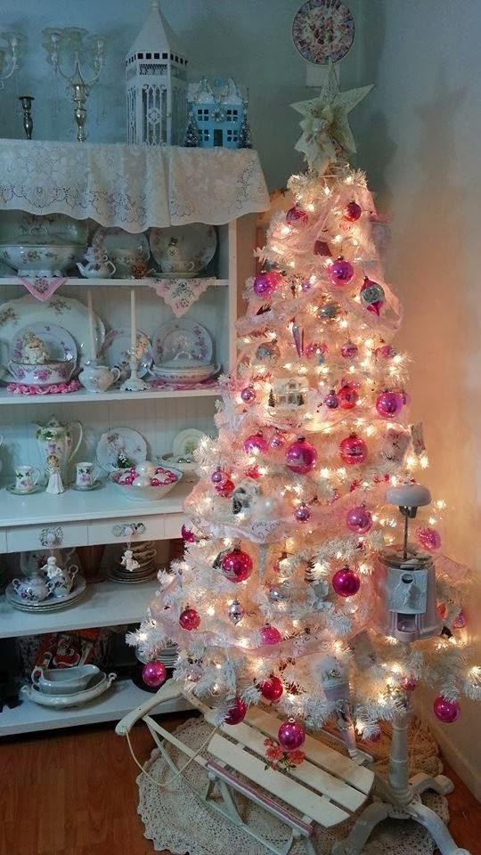 Olivia s romantic home shabby chic pink christmas