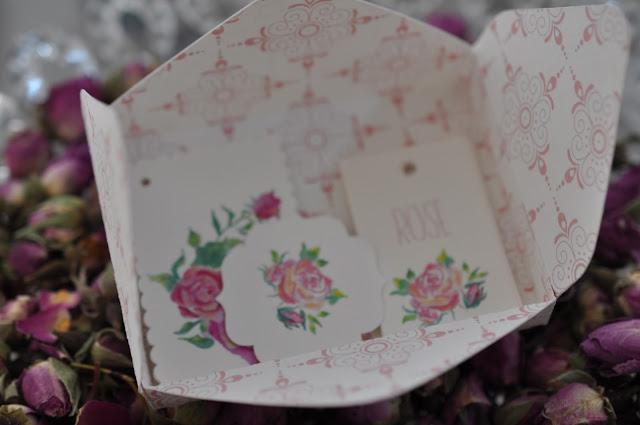 papetreie rose,boite en papier