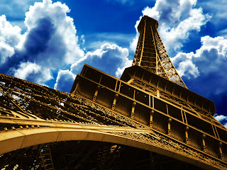 Wallpaper Menara Eiffel