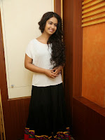Avika Gor Latest Glamorous photos-cover-photo