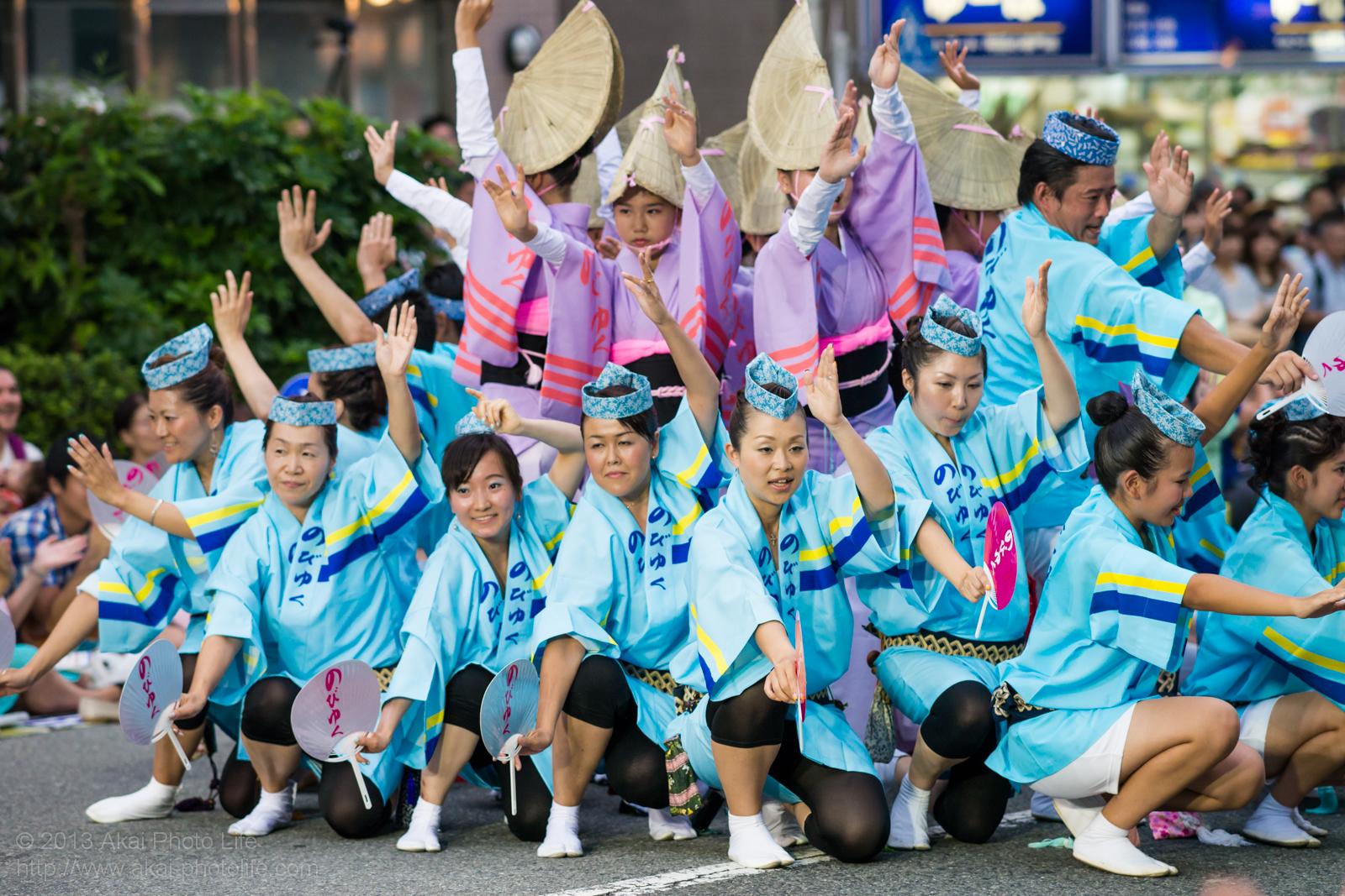 高円寺阿波踊り のびゆく連の写真