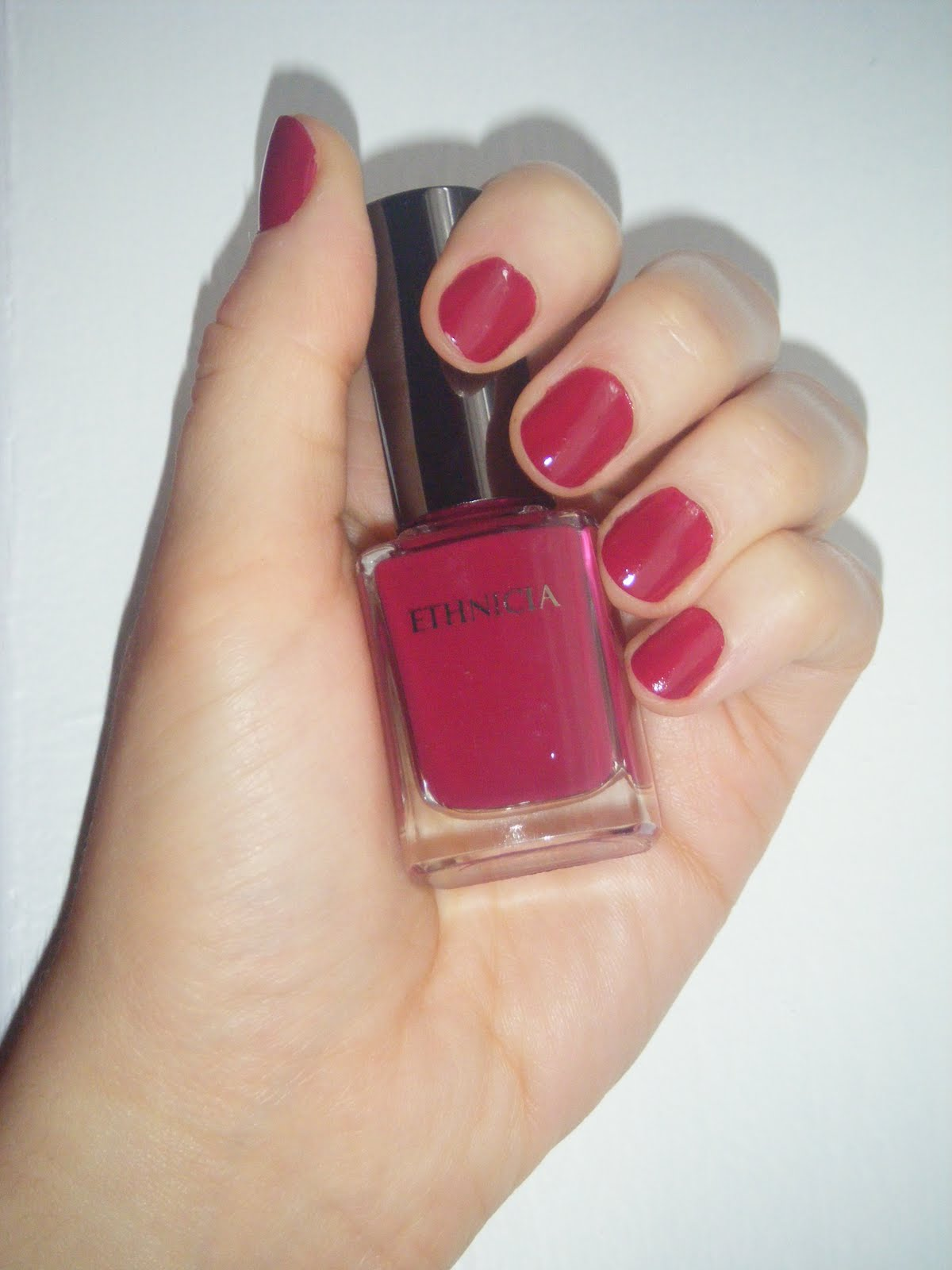 Super Journal d'une beauty paresseuse: Cassis Framboise d'Ethnicia : un  QF55