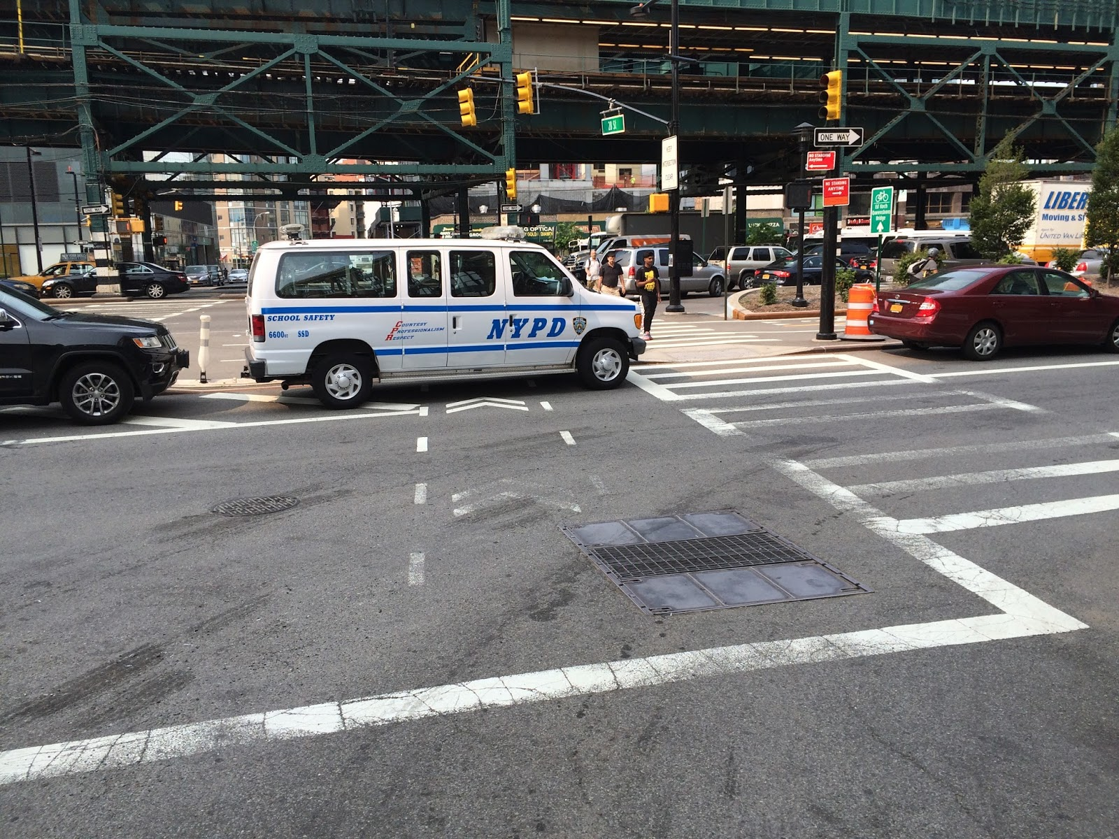 The New York Police Department Block A Bike Lane As I Return From My Driving Test Who Couldnt Feel Pride To Share Licence With Such Princes Of Road