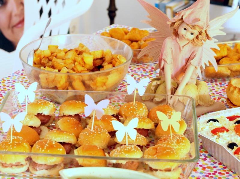 Atelier de tartas mesa de dulces cumplea os hadas for Que poner de merienda en un cumpleanos infantil