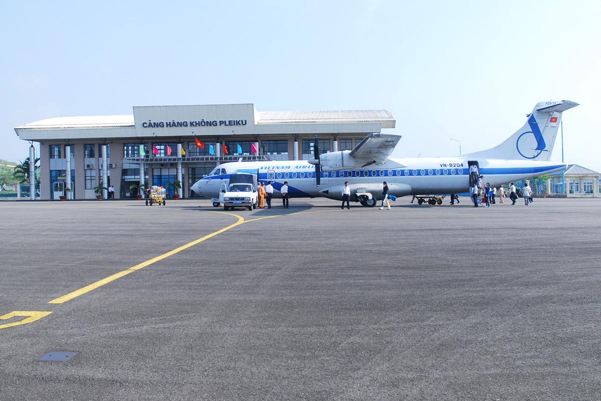 Gia Lai: Sân bay Pleiku chính thức mở cửa trở lại sau 6 tháng tạm ngừng hoạt động