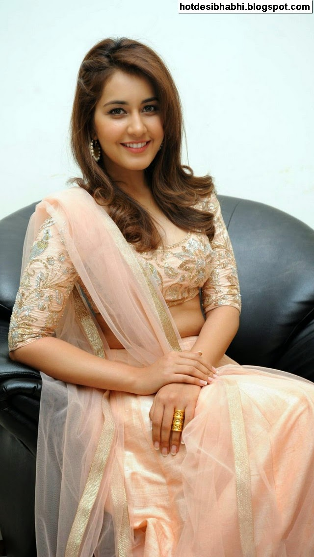Rashi Khanna Latest Hot Pictures