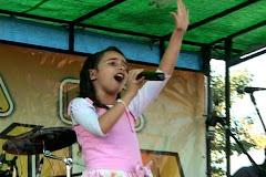 A Cantora Eduarda na 7ª Festa da Familia