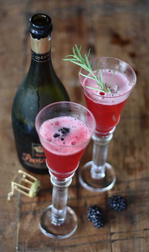 17 apart cocktail recipe blackberry rosemary prosecco for Drinks made with prosecco