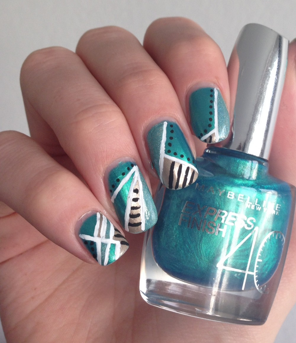 nail art vert et or