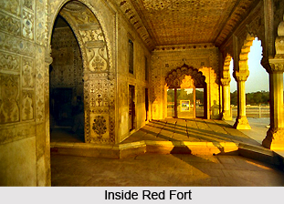 islamic architecture influence in india red fort delhi