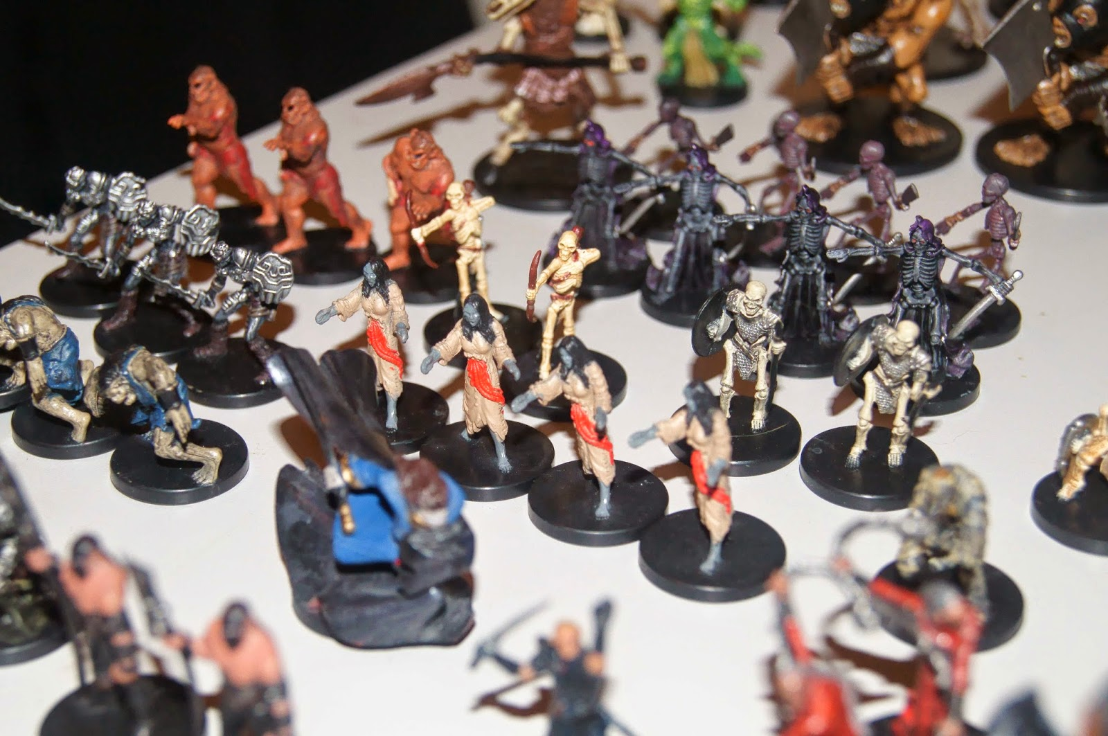 Transformative image with d&d printable minis