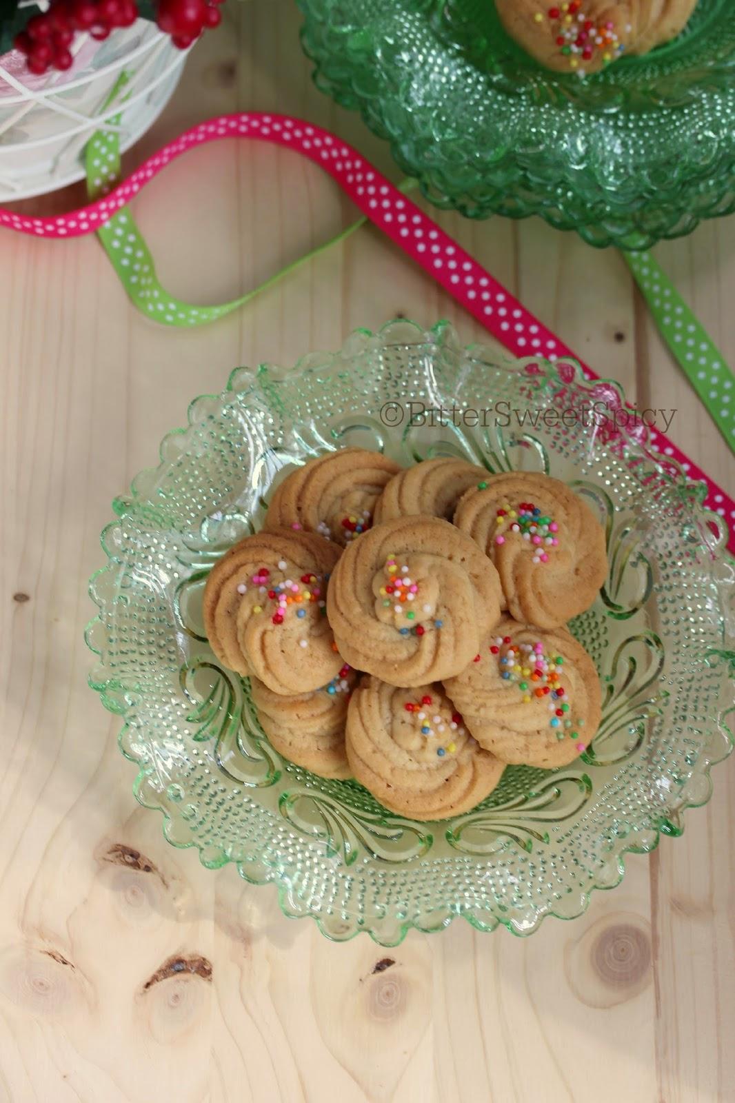 Vanilla Malted Cookies @ BitterSweetSpicy
