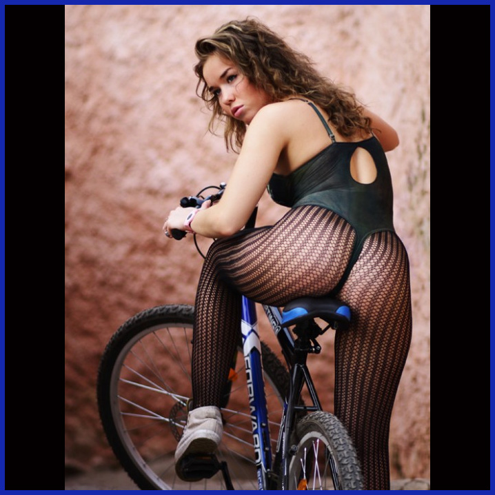 Ljepotice i bicikli Bike-Beauty-698762
