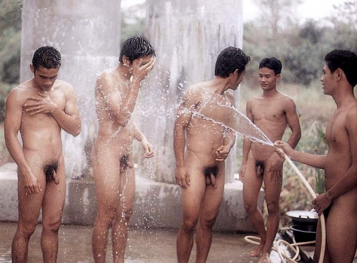 Nude indian lads